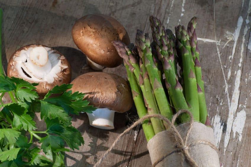 Asparagus and Mushroom Salad | Kasia Kines - Functional Nutrition