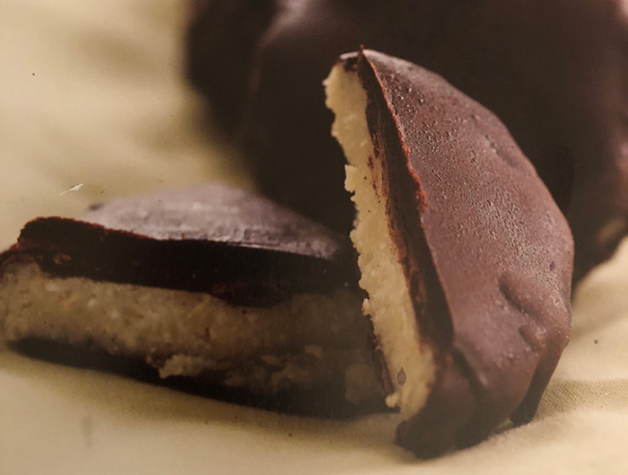 Cacao (Carob) Mint Cremes